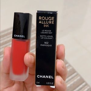 Chanel Rouge allure ink 162
